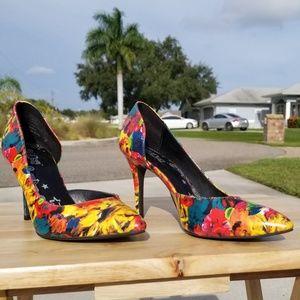 Multicolored flowers heels